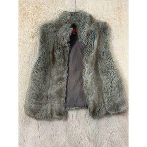 Elle Faux Fur Gray/Brown Vest Size S